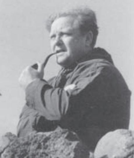 Sverri Dahl, fornfrøðingur